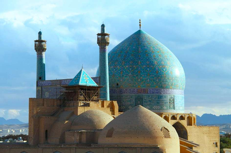 attractions in isfahan travel guide map