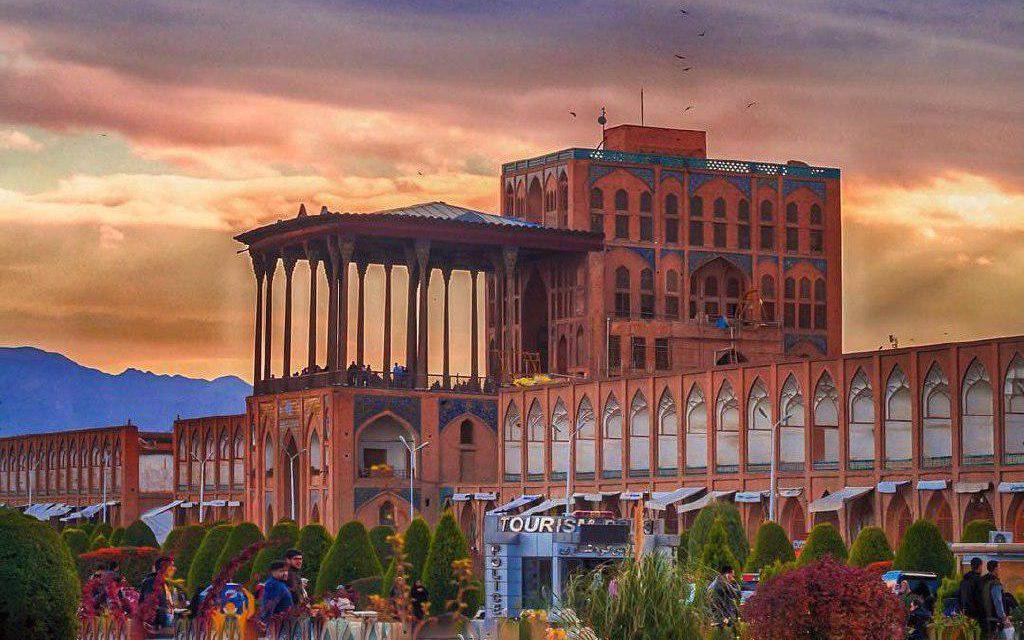 ali-qapu-palace-isfahan